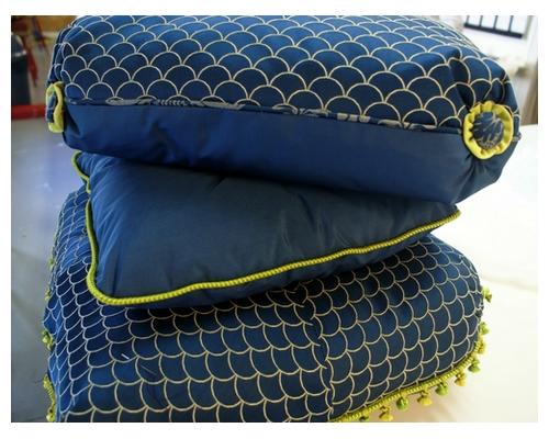 apprenez cr er vos coussins de si ges vos rideaux et voilages. Black Bedroom Furniture Sets. Home Design Ideas