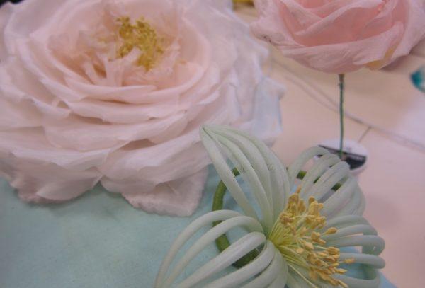 atelier en conception de fleurs artificielles - greta cdma