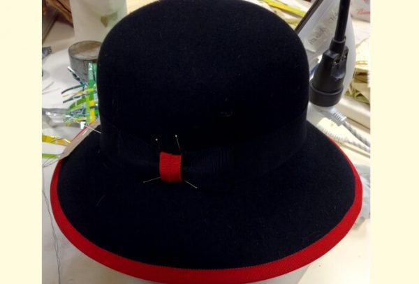 chapeau en feutre moulé